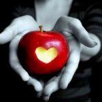 Различни видове магии с ябълка
